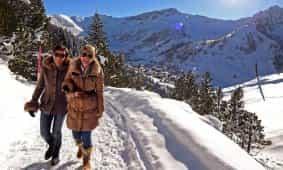Winterwandern im Winterwunderland Valünatal, Steg